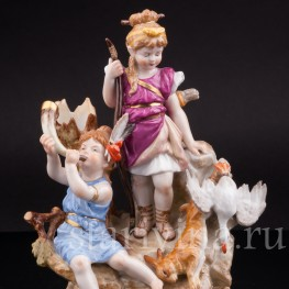 Антикварная фарфоровая статуэтка Диана-охотница, Volkstedt, Германия, кон. 19 в.